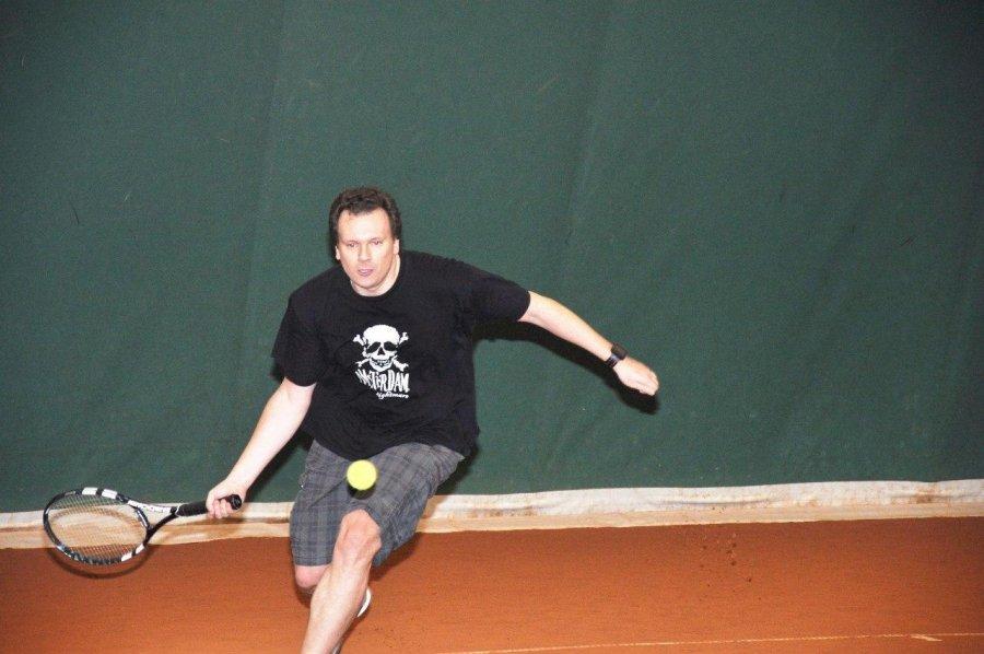 Илья Скрябин, CEO @ Connective PLM на теннисе